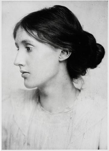 Photo of Virginia Woolf