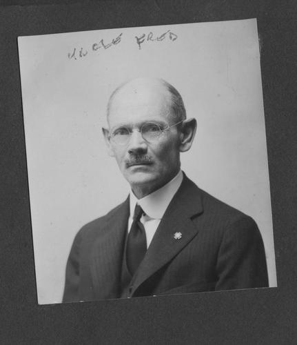 Photo of Fred Gilbert Blakeslee
